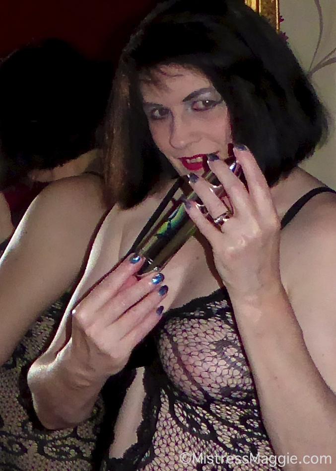 mistress-lace-vibrator 2